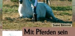 """Cover: \""""Mit Pferden sein - Körper, Sinne Seele\"""" von Sabine Birmann"""
